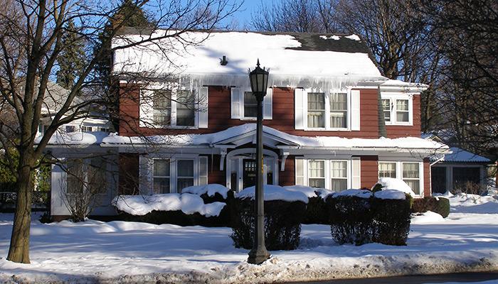 04-Syracuse_NY_103__Scottholm_Blvd_photo_S_Gruber_Dec_2010-(3)