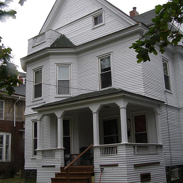 06-Syracuse_NY_116_Victoria_photo_S_Gruber_Oct_2011