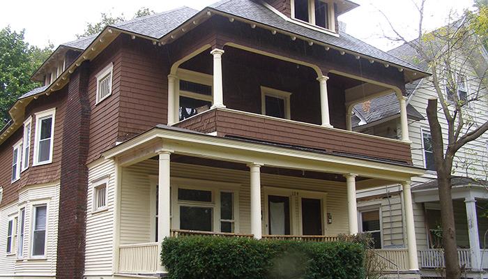 12-Syracuse_NY_129_Victoria_photo_S_Gruber_Oct_2011