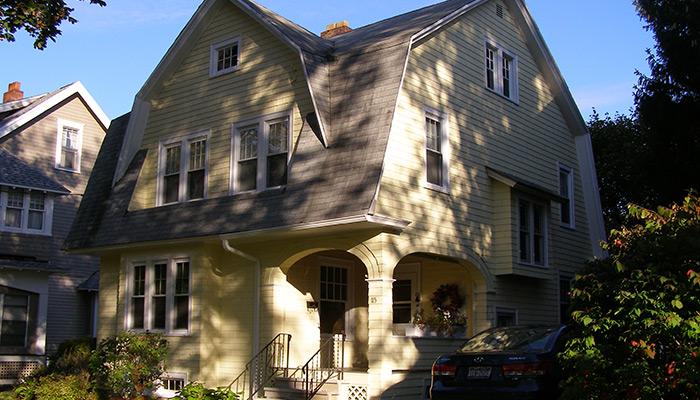 27-Syracuse_NY_115_Clarke-St__photo_S_Gruber_Oct_2011