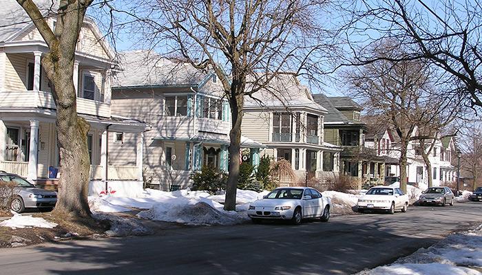 35-Syracuse_NY_Allen_St_photo_S_Gruber_2005-(4)