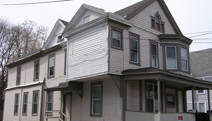 Syracuse_NY_426_Westcott_St_photo_S_Gruber_2014-(29)