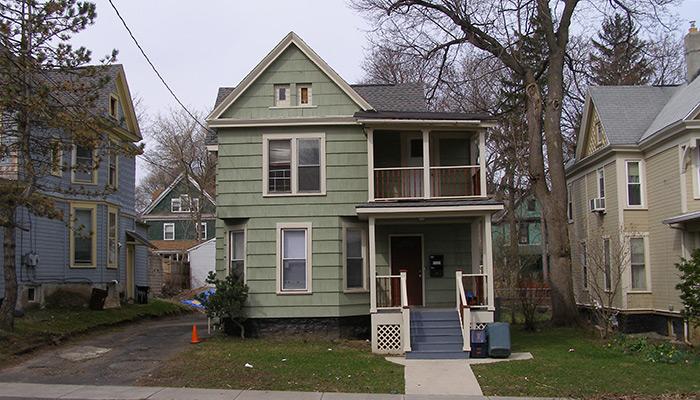 Syracuse_NY_438_Westcott-St_Photo_S_Gruber