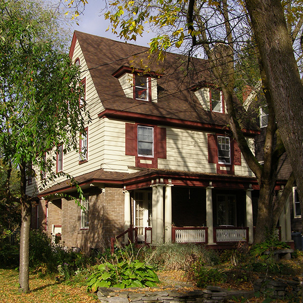 16-Syracuse_NY_536_Allen_St_photo_S_Gruber_Oct_2011-1
