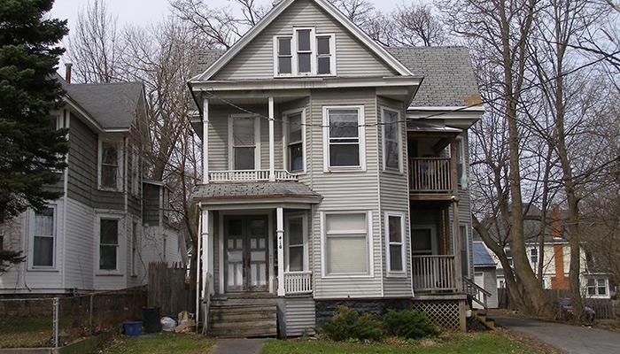 23-Syracuse_NY_410_Westcott-St_Photo_S_Gruber_2014-(1)