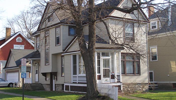50-Syracuse_NY_201_Harvard_Pl_photo_S_Gruber_2007-(12)