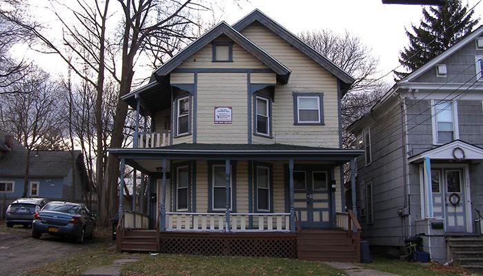 54-Syracuse_NY_558_Columbus_Ave_photo_S_Gruber_Feb_2012