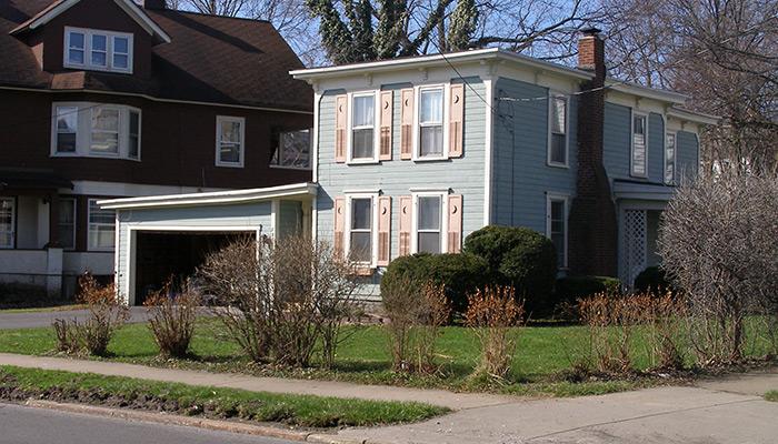 67a-Syracuse_NY_726_South_Beech_St_photo_S_Gruber_May_2007-099-(1)